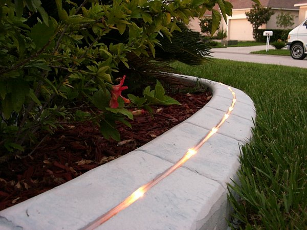 Kwik kerb eurostyle landscape lighting and curb lighting for Quik curb